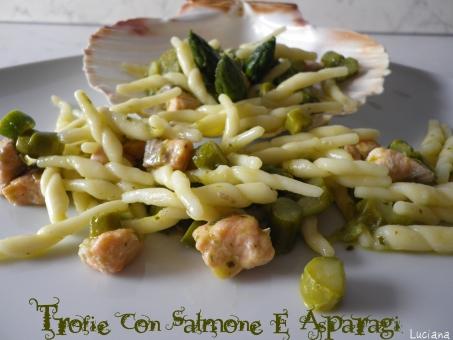 trofie-con-asparagi-e-salmone.jpg