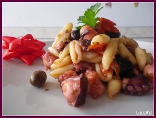cavatelli-moscardini-olive2.jpg
