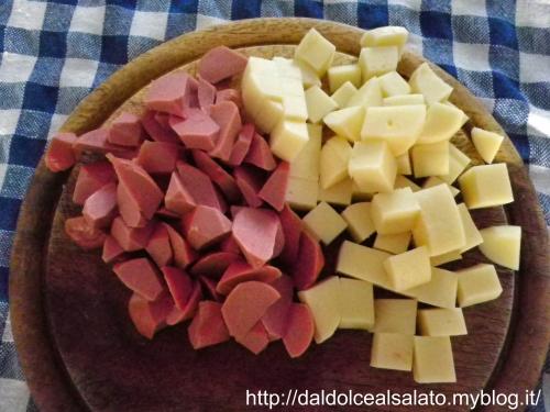 wurstel-formaggio.jpg